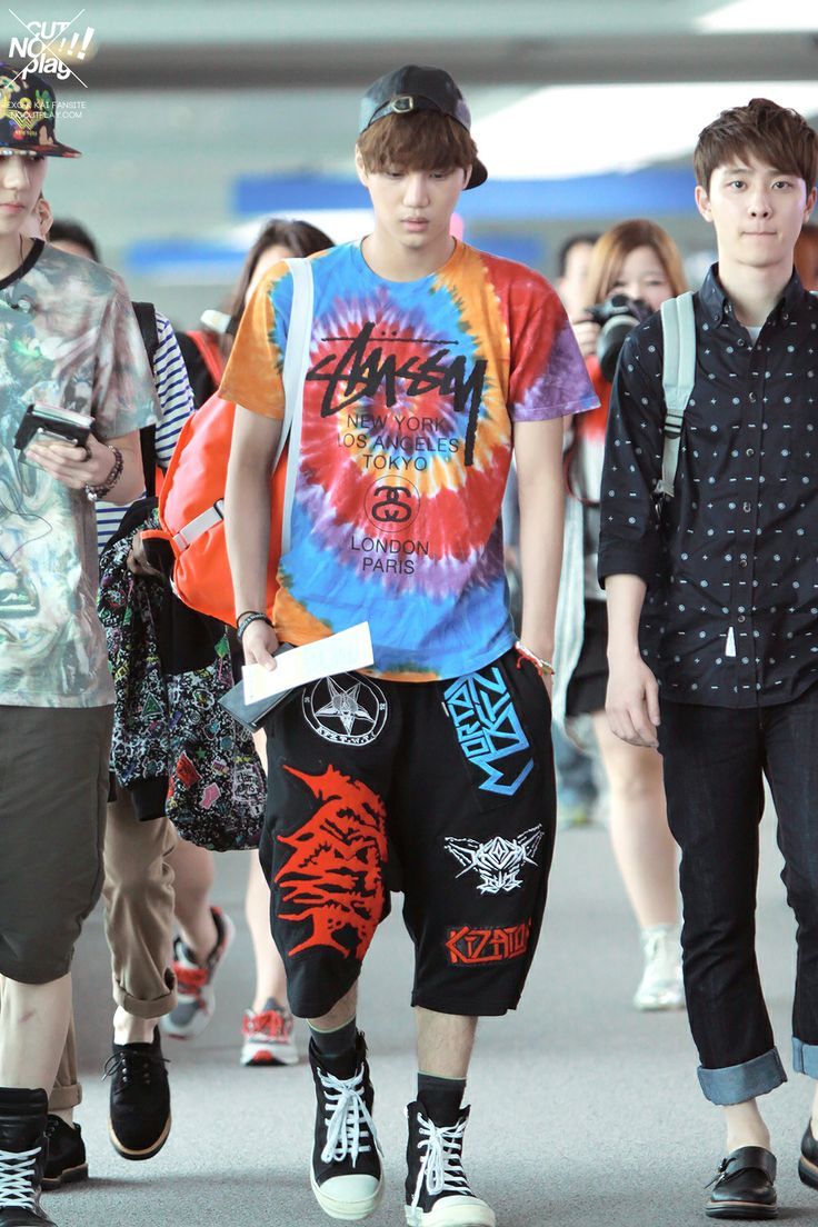 Airport style idols