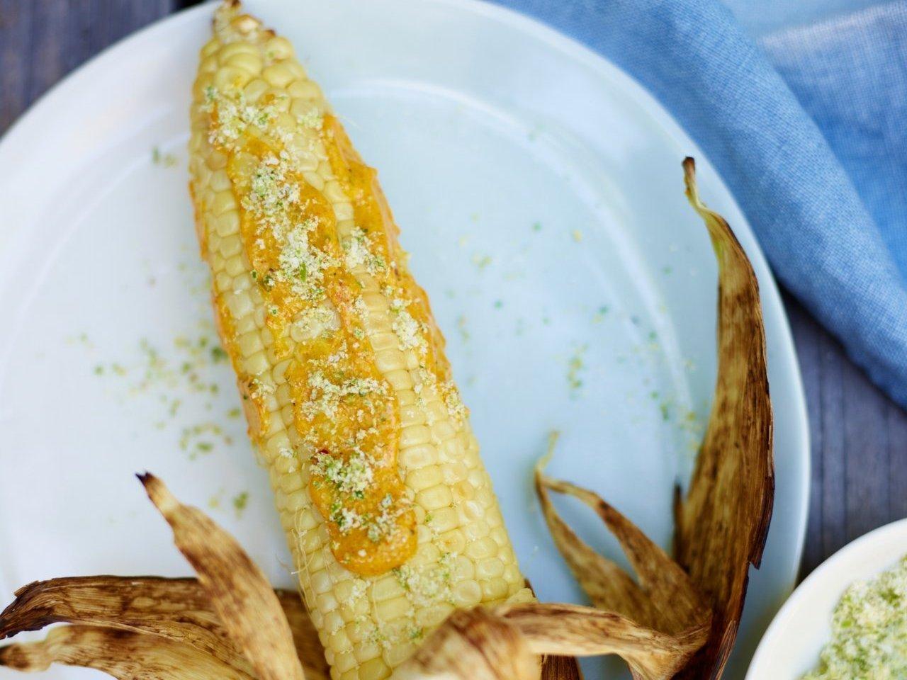 Corn Cob Curry Mayonnaise Chile Salt