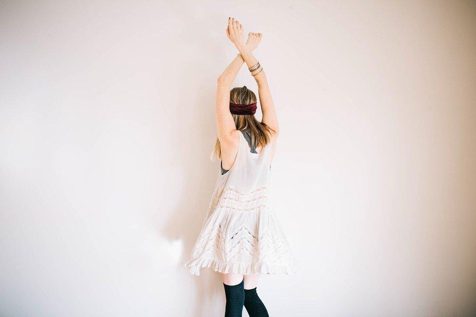 Boho chic white dress for los angeles fashion