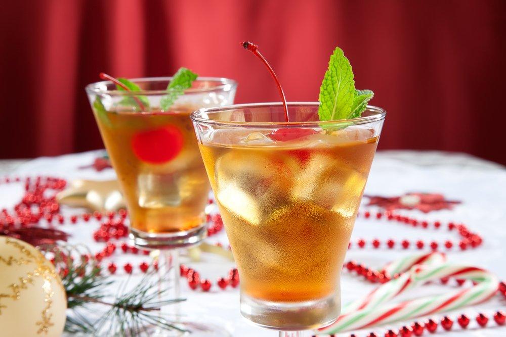 drinks states new york manhattan cocktail