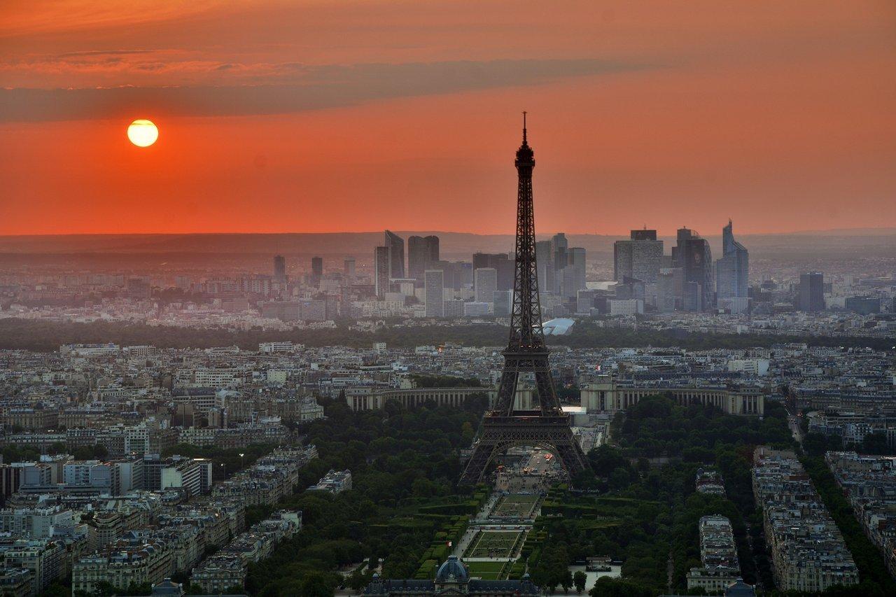 Eiffel Tower Sunset Smoke