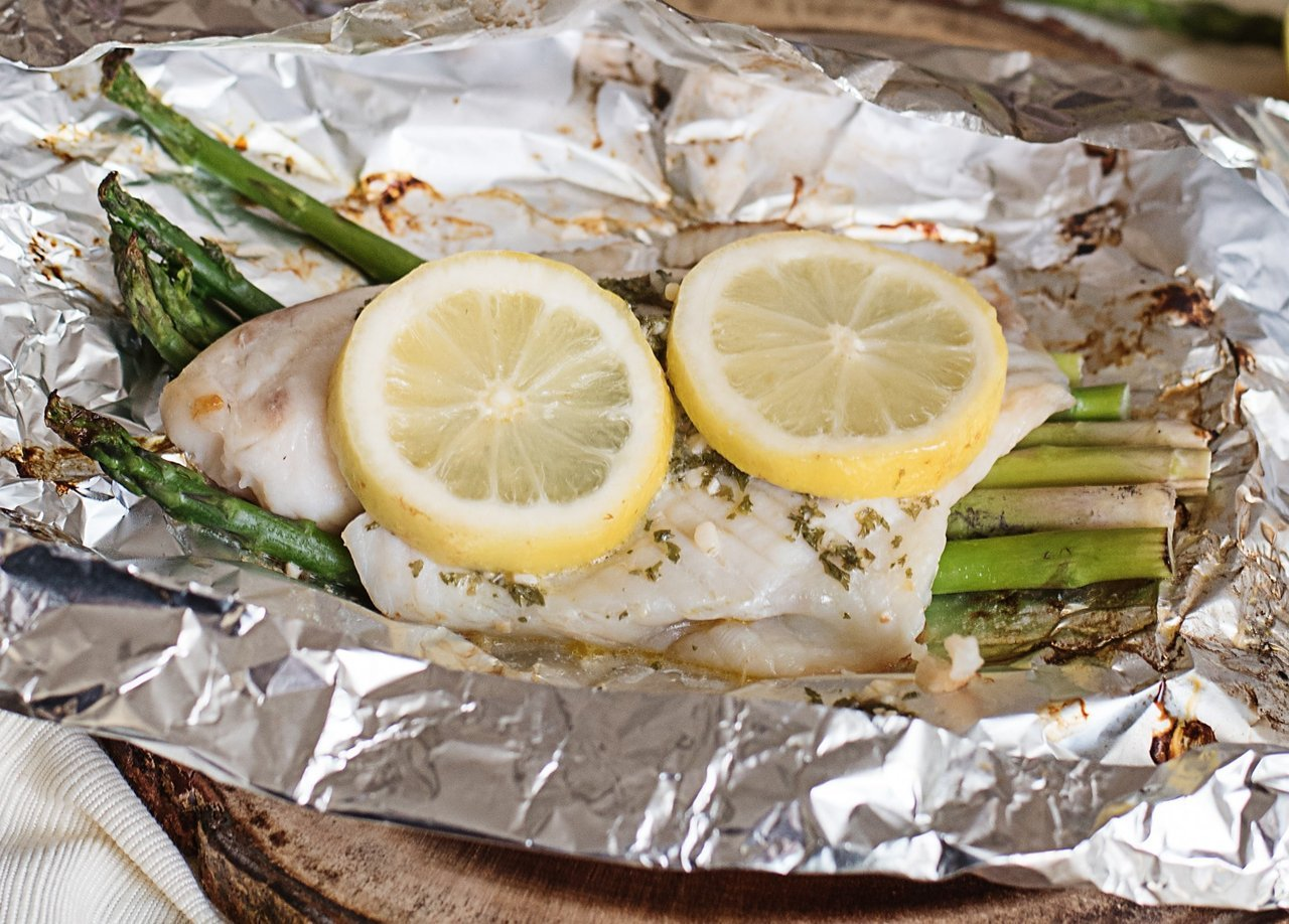Easy Foil-Packet Tilapia and Vegetables