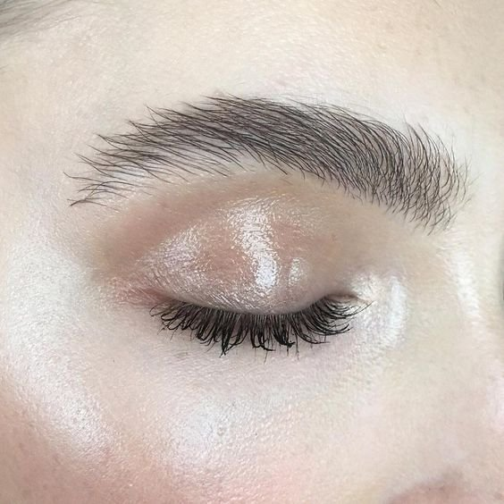 full brow trend