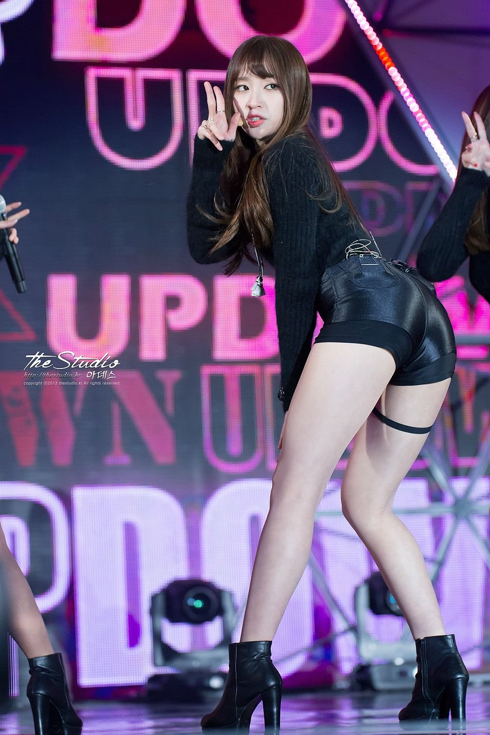 Ass Cute Pics 12 photos of exid hani's cute butt - quietly