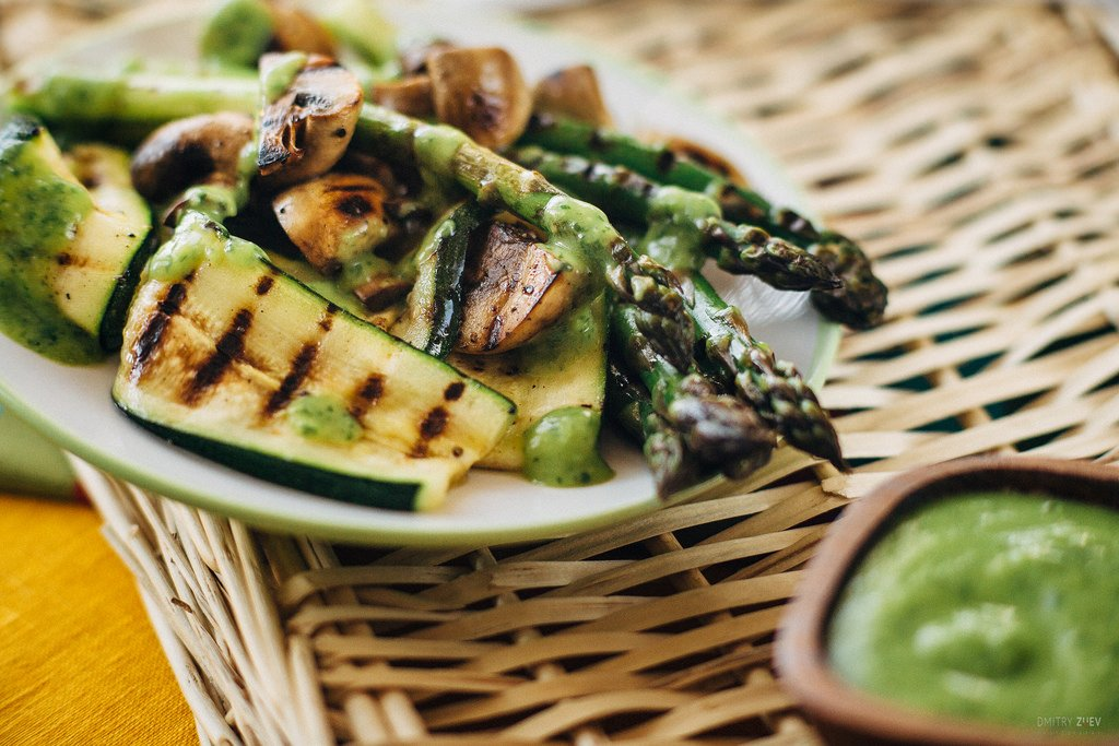 Grilled zucchini, mushrooms and asparagus