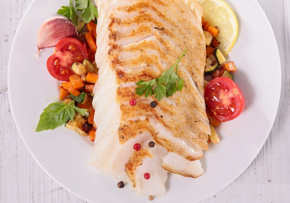 How to prepare fish before cooking or baking