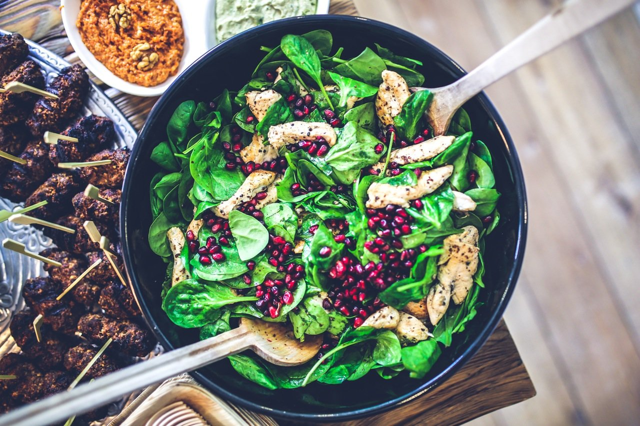 paleo diet chicken spinach salad