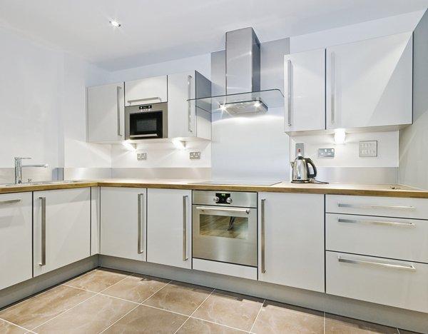 Kitchen Design - L-Shaped Kitchen Layout