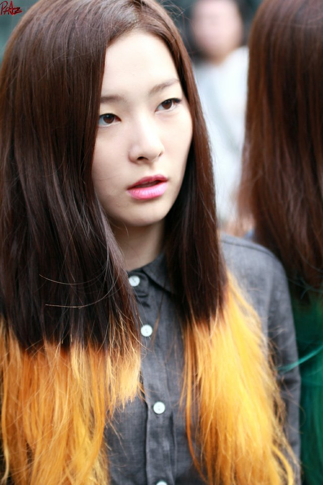 18 Photos Of Stunning Idols Without Makeup Quietly