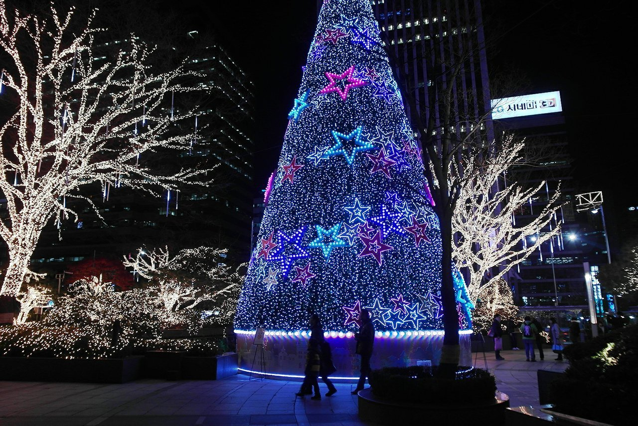 Christmas In Korea.12 Differences Between Xmas In Korea And N America Quietly