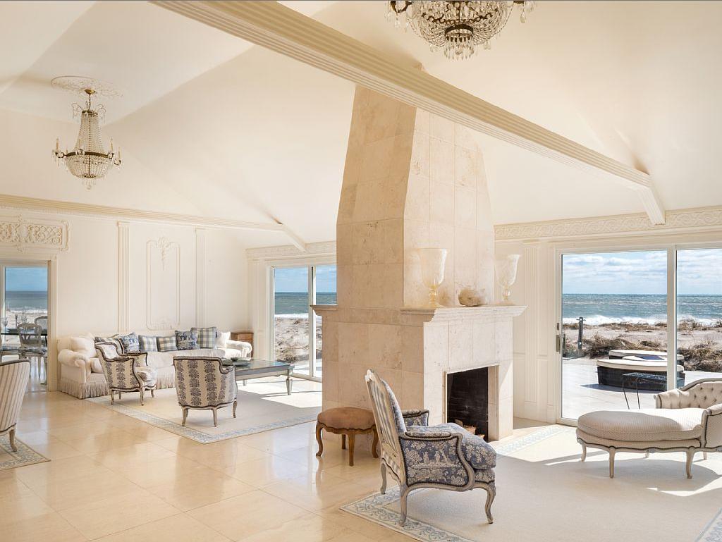 Oceanfront vacation rental in the Hamptons