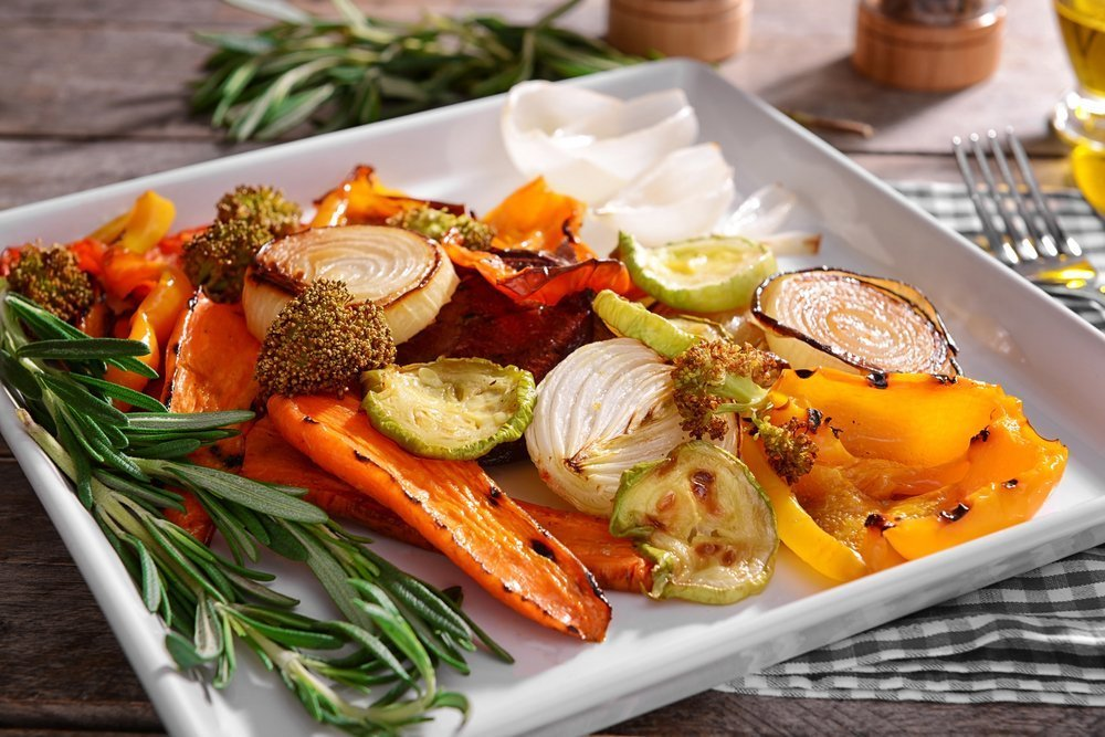 Meal prep with grilled vegetables