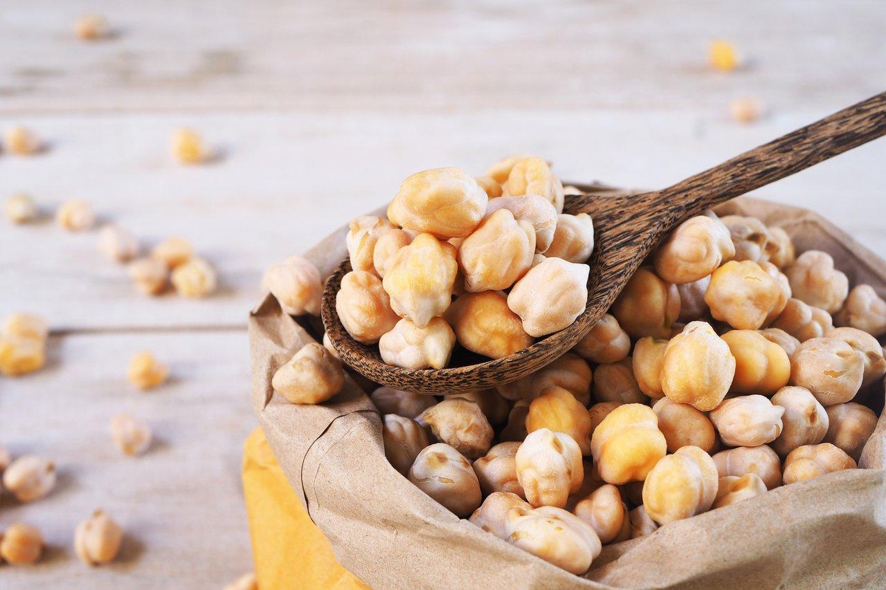 chickpeas mediterranean diet foods
