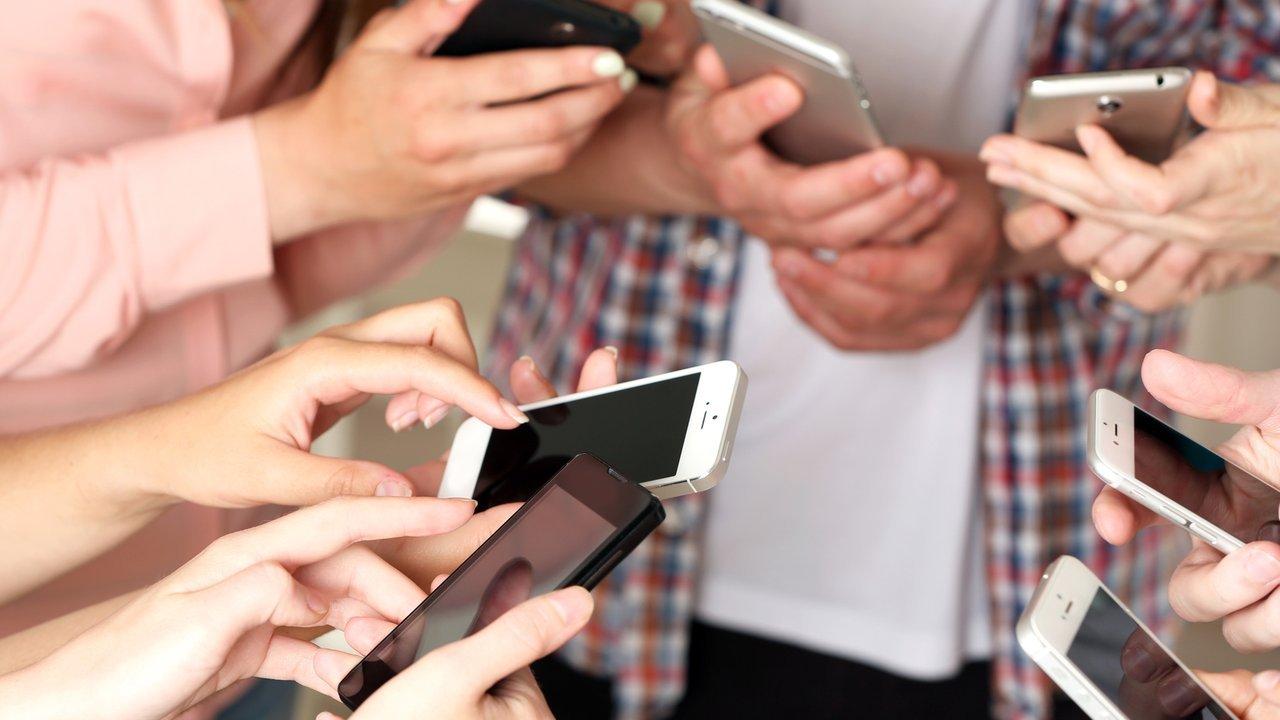 customer shopping habits mobile