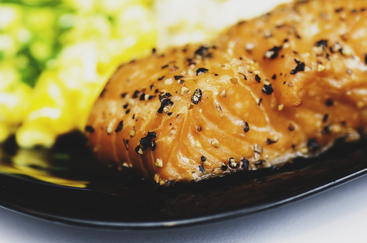 salmon meal lose weight