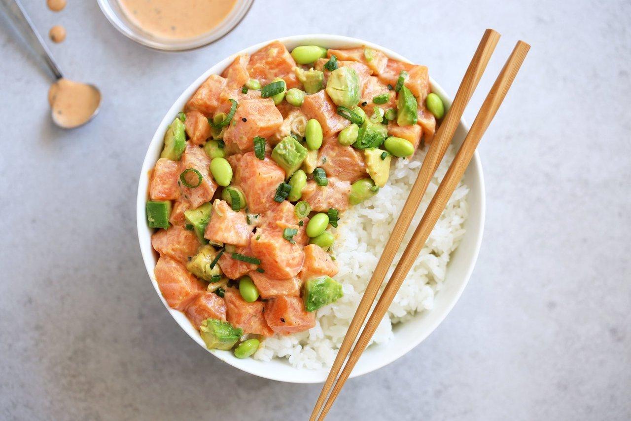 Salmon poke with creamy Togarashi sauce