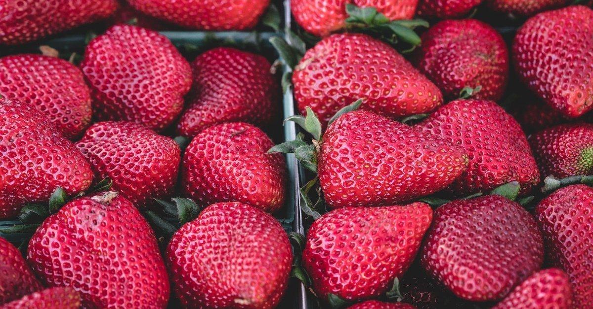 strawberries healthy foods