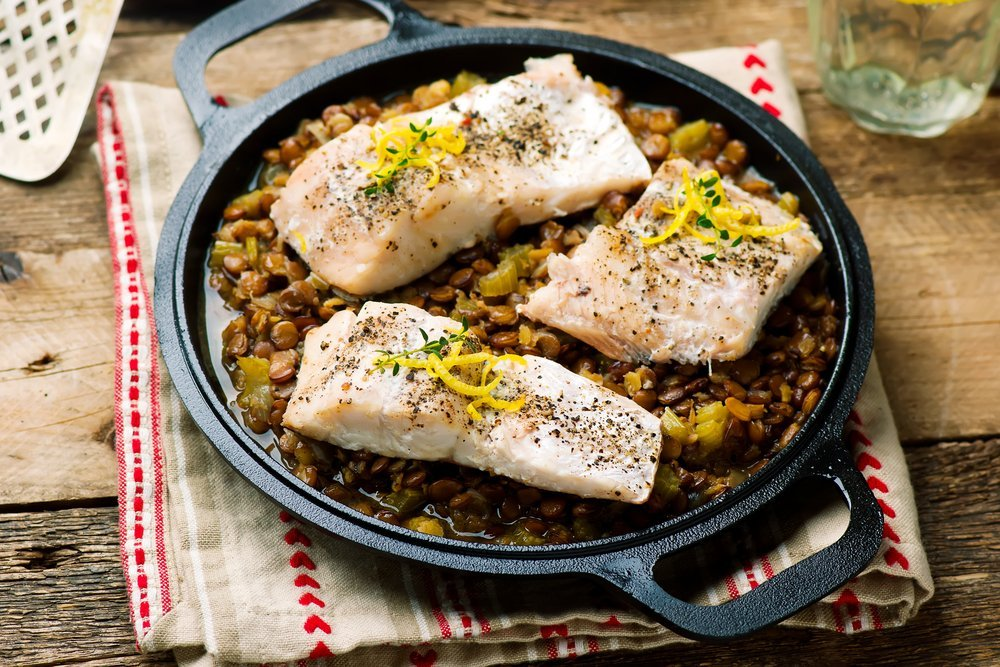 Sustainable cooking with lentils and fish