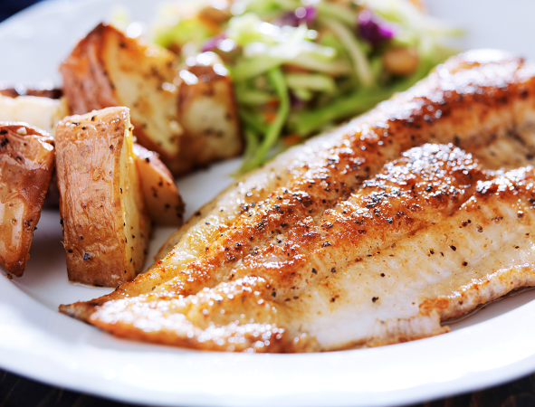 Tilapia recipes 5 clean eating dinner ideas the healthy for Cleanest fish to eat