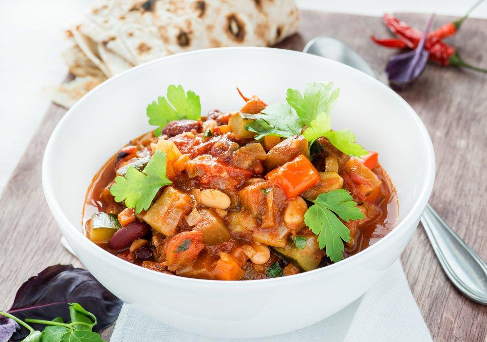 Vegetarian chili lent dinner